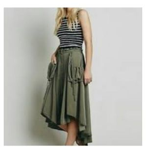 FREE PEOPLE CARGO HI- LOW SKIRT SIZE XS